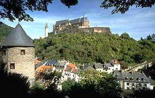 LufsaHoma original Dracula castle